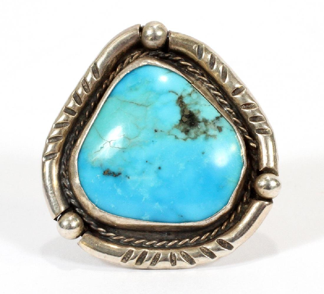SOUTHWEST STERLING SILVER & TURQUOISE RING