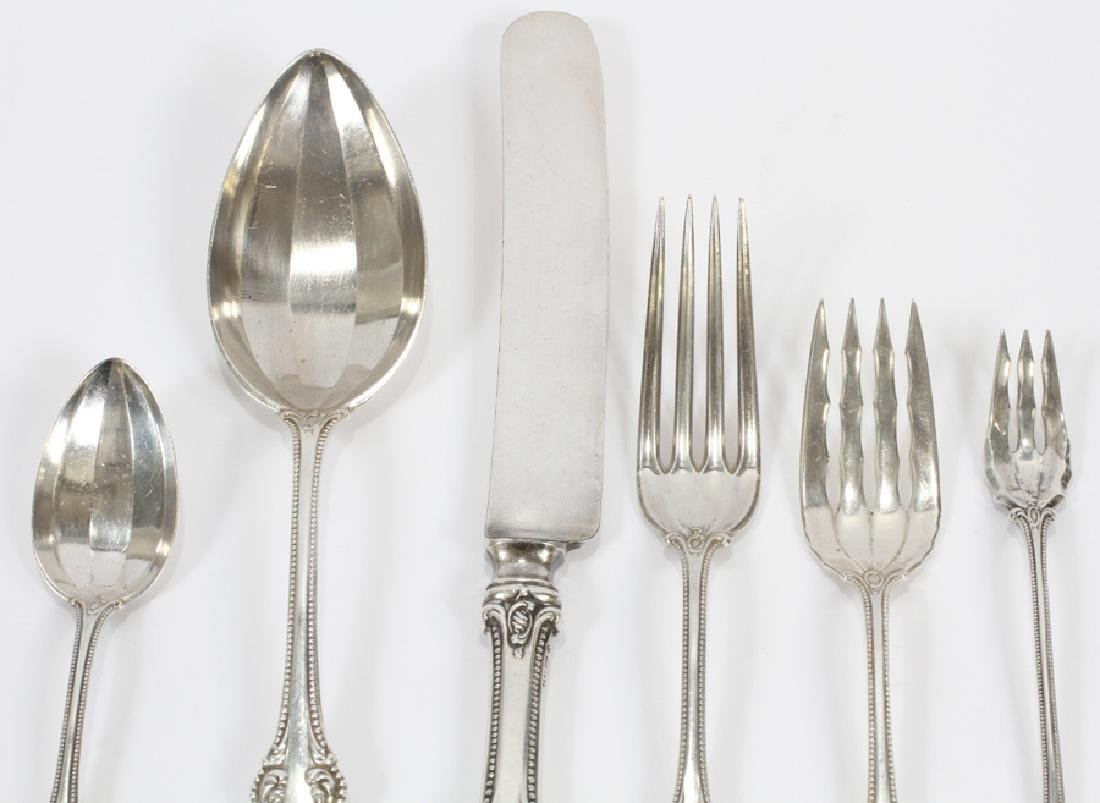 'OLD COLONIAL' STERLING SILVER FLATWARE, 42 PCS - 2