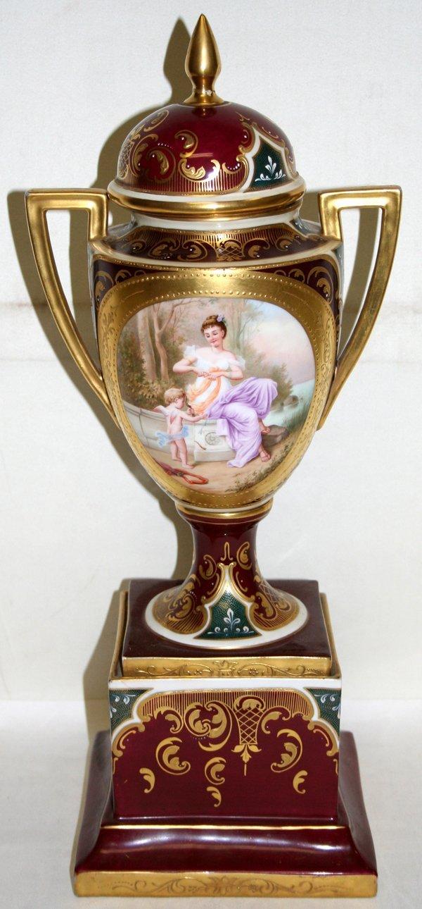 "080004: ROYAL VIENNA PORCELAIN VASE, C.1900, H12.3"""