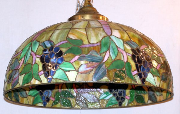 090011: LEADED ART GLASS HANGING SHADE, DIA20""