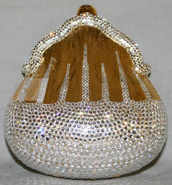 091158: JUDITH LEIBER PEAR FORMED GOLD/SILVER PURSE
