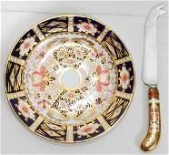 091323: ROYAL CROWN DERBY IMARI CHEESE KNIFE & PLATE