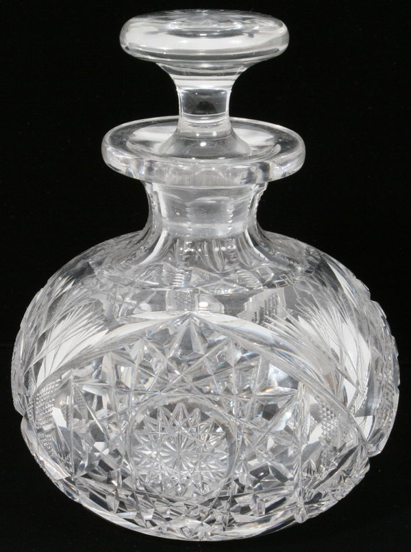 100449: CUT CRYSTAL PERFUME BOTTLE, C.1900