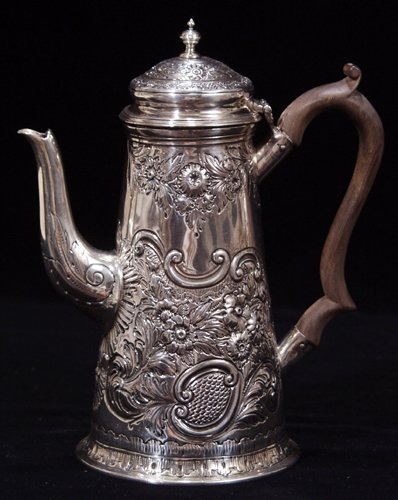 1004: ENGLISH GEORGE II STERLING SILVER COFFEE POT, LON