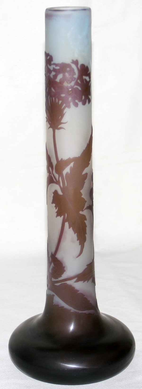 111004: GALLE CARVED CAMEO GLASS VASE, H13.5""