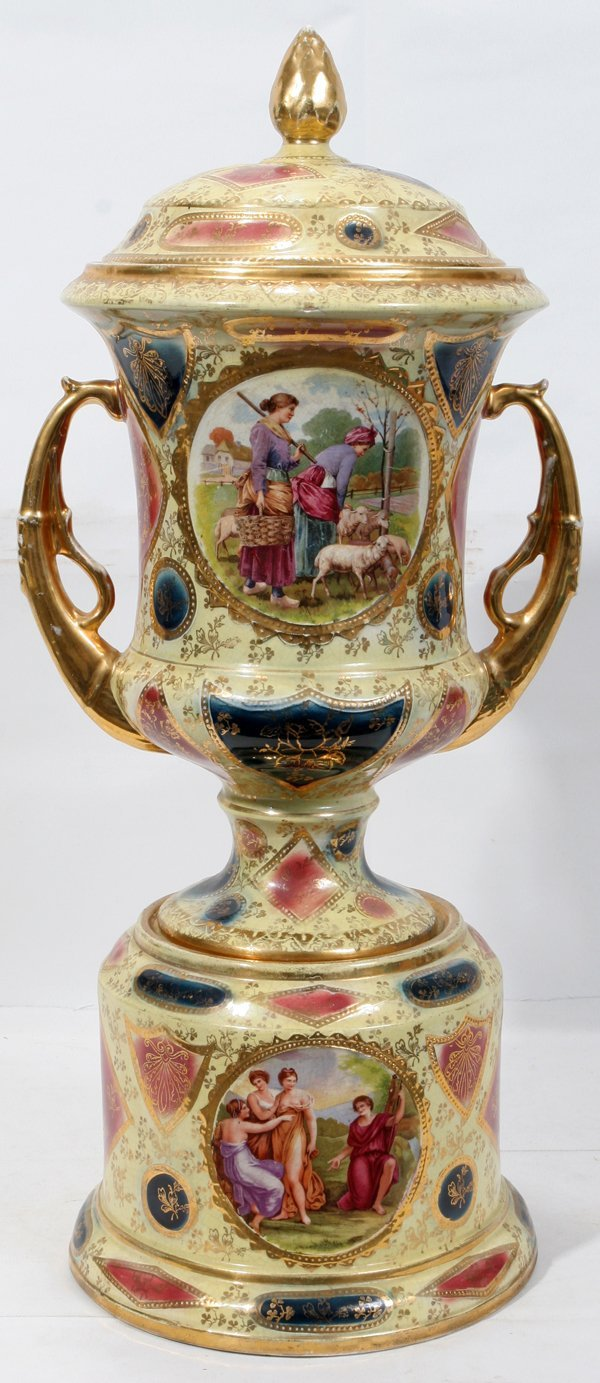 111020: ENGLISH PORCELAIN VIENNESE STYLE COVERED URN