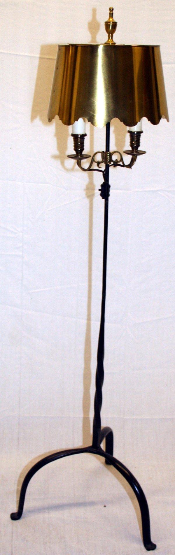 112531: WROUGHT IRON FLOOR LAMP