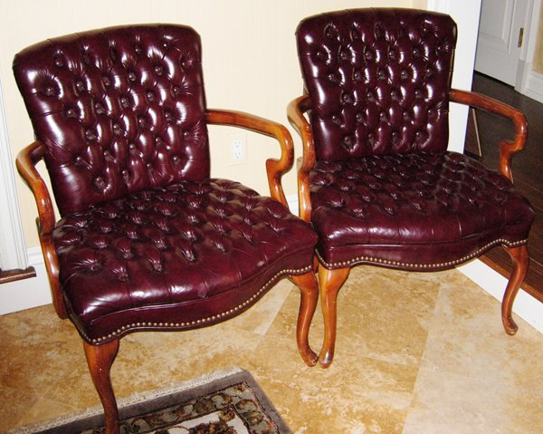 113009: MAHOGANY & LEATHER-UPHOLSTERED ARMCHAIRS