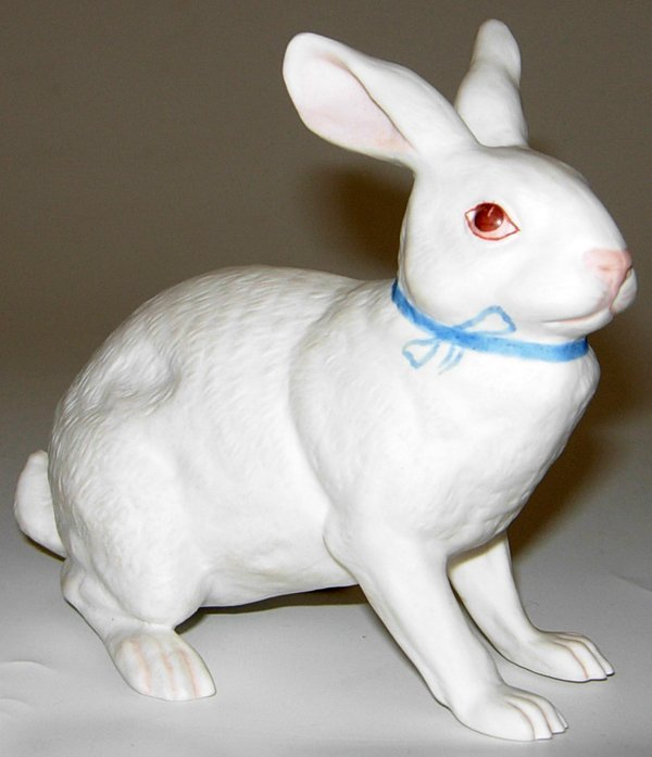 "113464: BOEHM BISQUE FIGURE OF A BUNNY, H4"" W5"""