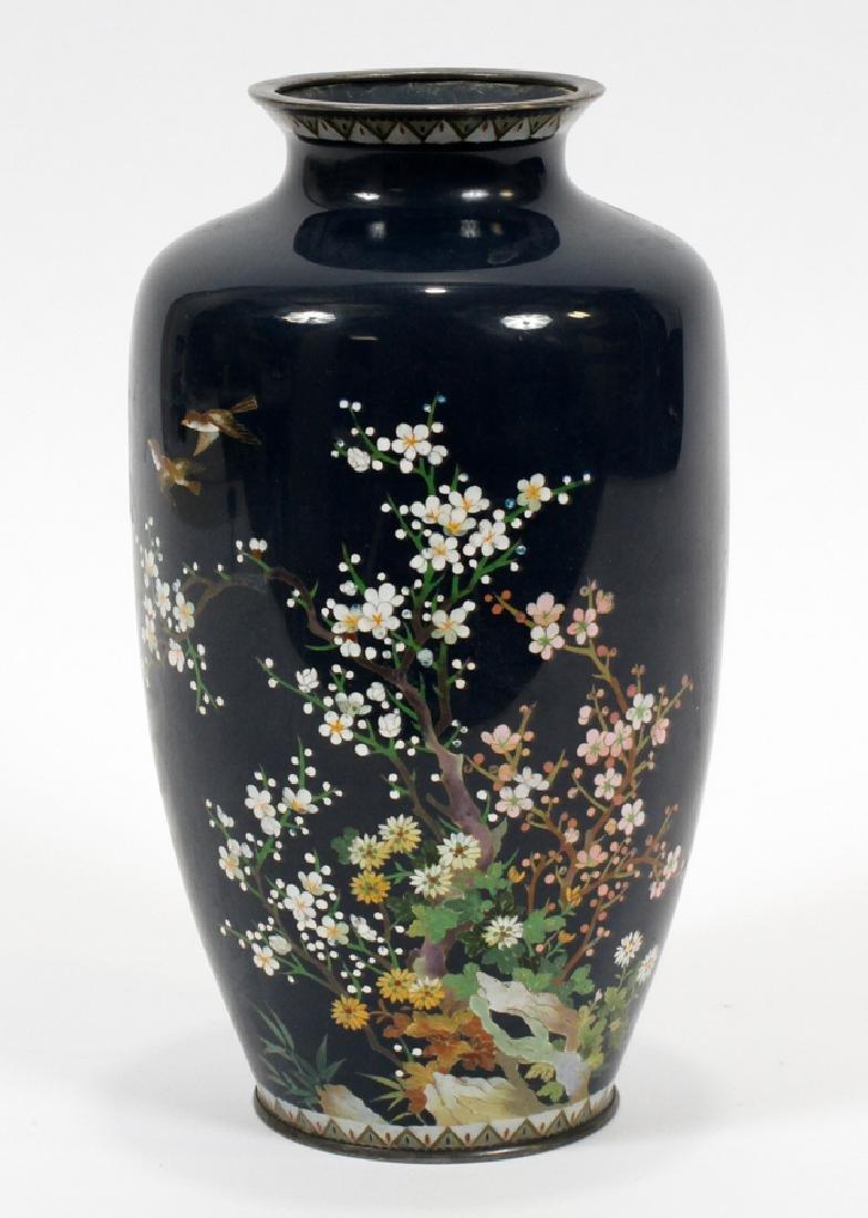 JAPANESE CLOISONNE VASE, 19TH C.