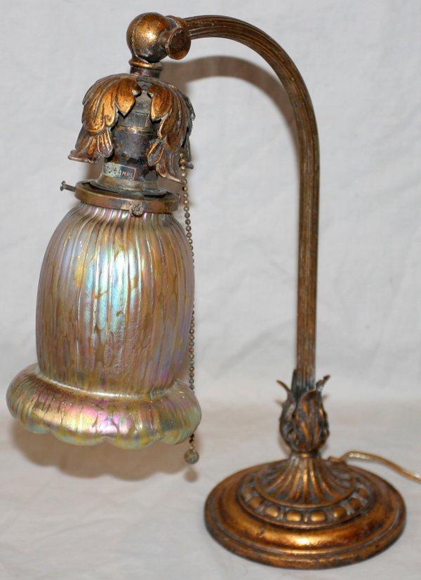 """121011: LOETZ IRIDESCENT GLASS & BRASS DESK LAMP H15"""""""