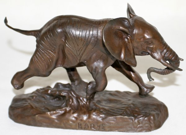 121022: AFTER BARYE BRONZE SCULPTURE OF AN ELEPHANT