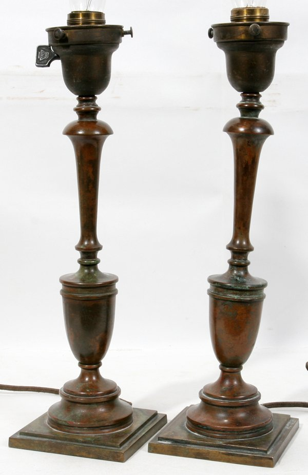 010004: TIFFANY STUDIOS SIGNED BRONZE TABLE LAMPS