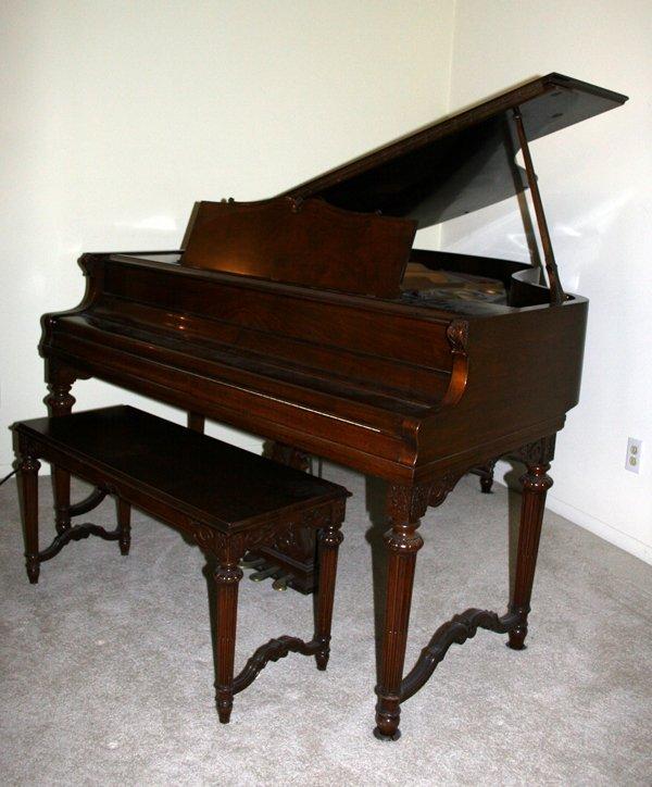 010006: WM. KNABE WALNUT BABY GRAND PIANO W/ BENCH