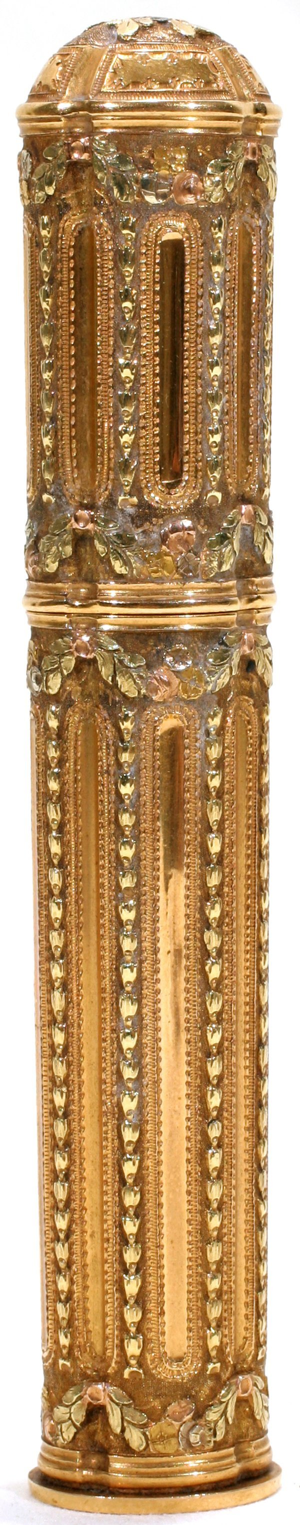 011225: GOLD FILIGREE SEALING WAX CONTAINER, L4.8""
