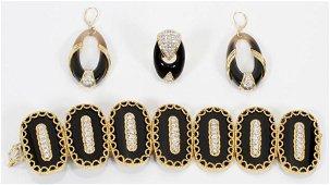 GOLD, ONYX & DIAMOND BRACELET, EARRINGS & RING