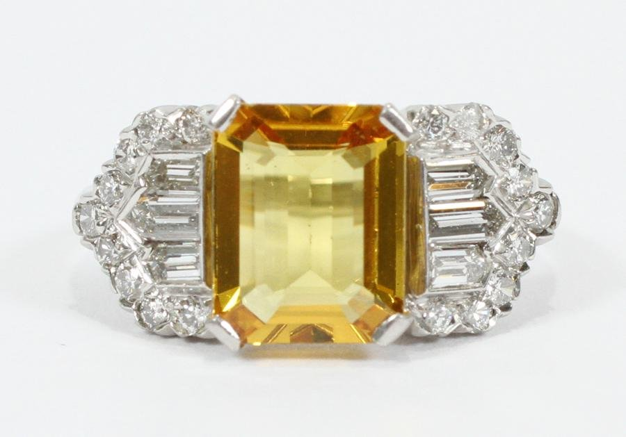 YELLOW SAPPHIRE & DIAMOND, PLATINUM BAND RING