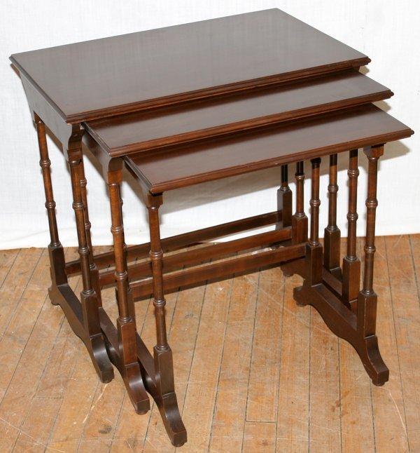 022449: ETHAN ALLEN GEORGIAN NESTING TABLES THREE