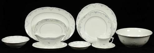 VILLEROY & BOCH PORCELAIN DINNER SERVICE