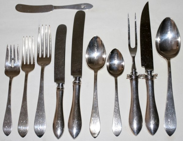 031006: DOMINICK & HAFF FLATWARE 'BROAD ANTIQUE', 70