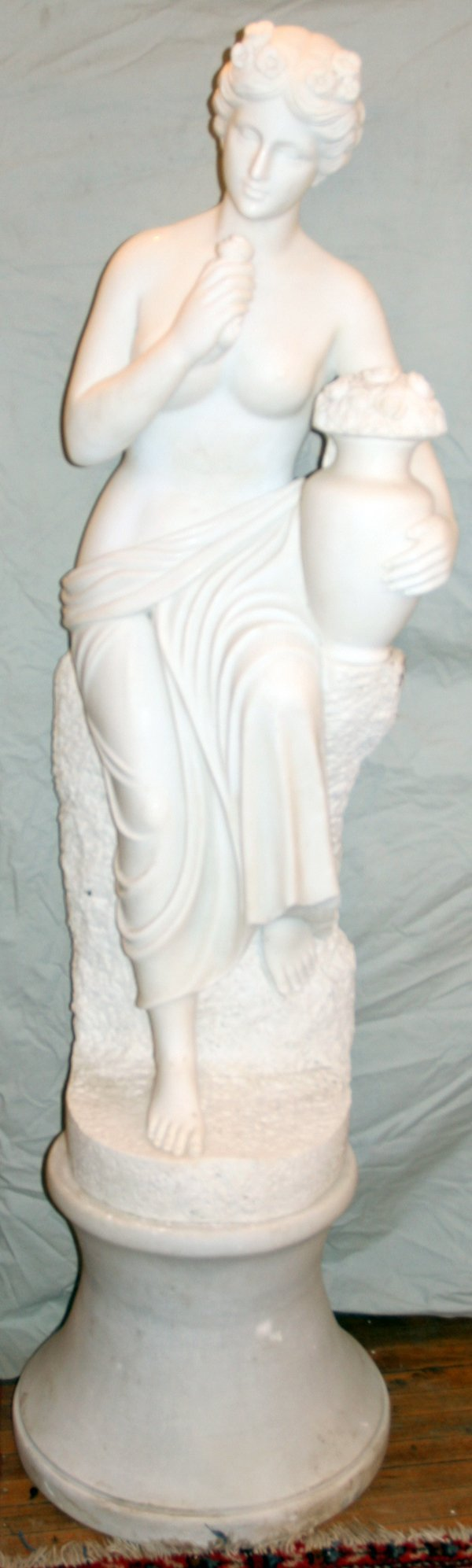 050002: MARBLE NEOCLASSIC STYLE SCULPTURE & PEDESTAL