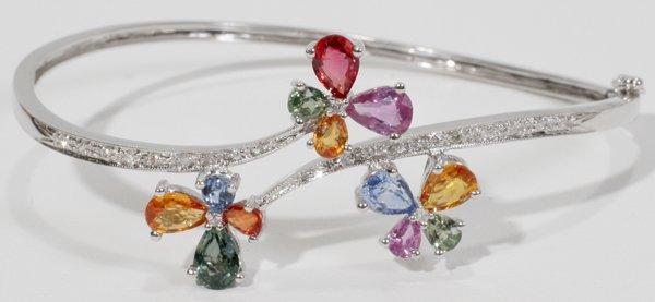050014: WHITE GOLD, DIAMOND, SAPPHIRE BANGLE BRACELET