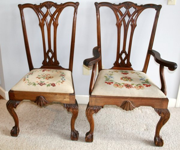 050027: CHIPPENDALE STYLE MAHOGANY SIDE & ARM CHAIRS