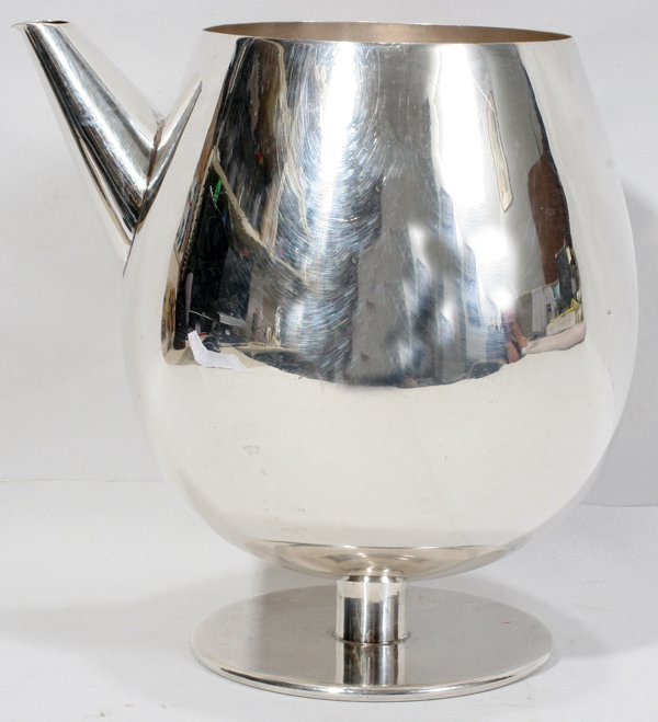 051005: MEXICAN STERLING SILVER MARTINI PITCHER TAXCO