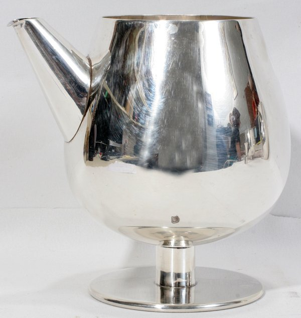051006: MEXICAN STERLING SILVER MARTINI PITCHER TAXCO