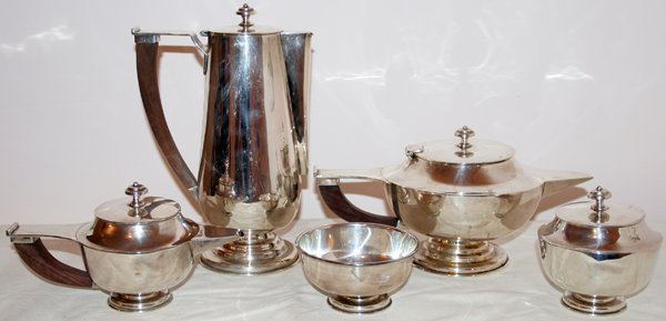 051008: MEXICAN STERLING SILVER TEA & COFFEE SET