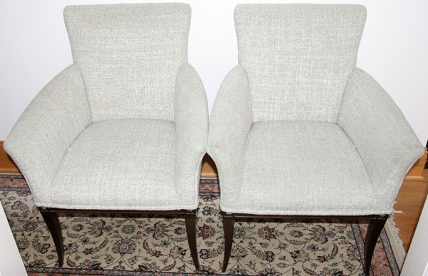 051430: MODERN UPHOLSTERED CLUB CHAIRS, PAIR