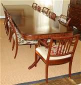 052135: HEPPLEWHITE STYLE MAHOGANY DINING ROOM SET