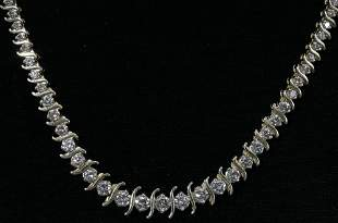 14KT YELLOW GOLD AND DIAMOND NECKLACE, 10.50 TO