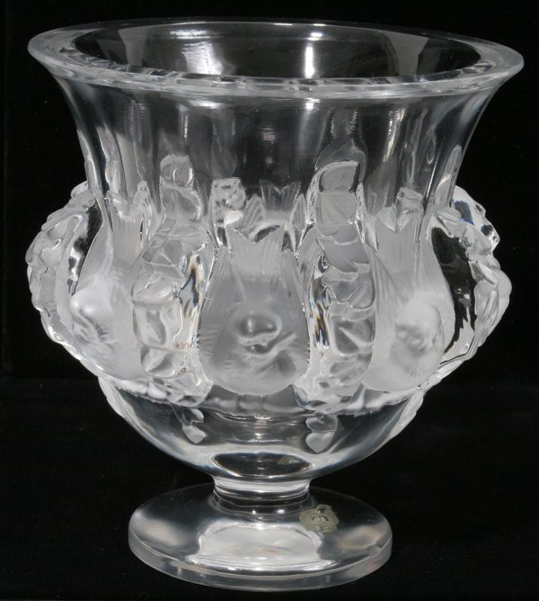 081010: LALIQUE 'DAMPIERRE' CLEAR & FROSTED VASE H 5""