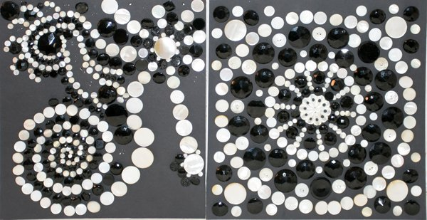 093005: BLACK & WHITE BUTTONS, MOTHER-OF-PEARL IRIDES