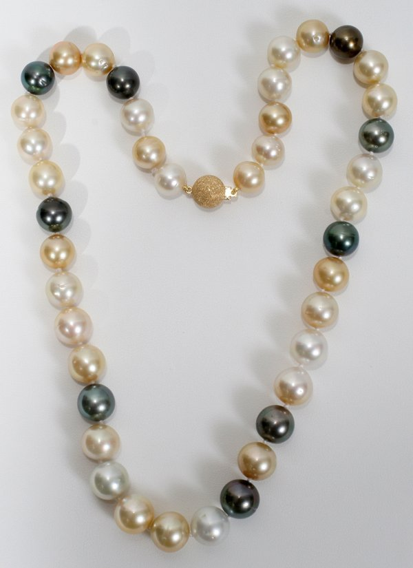 090003: NATURAL MULTI COLOR SOUTH SEA PEARL NECKLACE