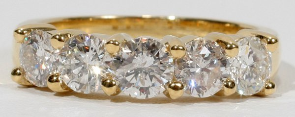 090004: 18 KT YELLOW GOLD AND 2 CT DIAMOND RING
