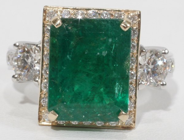 090009: 6.29CT EMERALD & 1.32 CT. SIDE DIAMOND RING