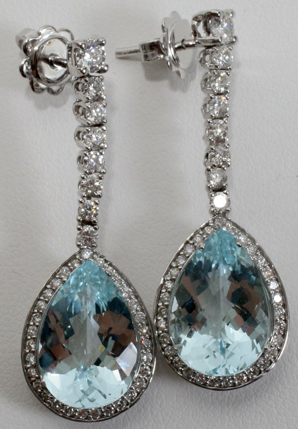 090017: 9.38 CT AQUAMARINE & DIAMOND EARRINGS