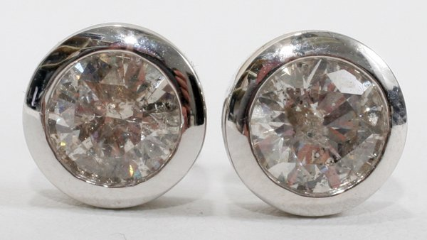 100012: 14KT WHITE GOLD AND 3.02 CT DIAMOND EARRINGS