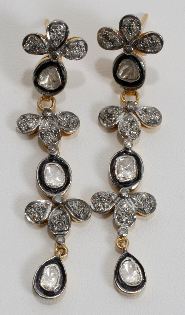 100022: 18KT Y/GOLD, SILVER AND DIAMOND EARRINGS
