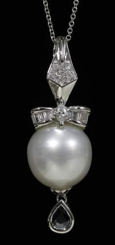 18 KT. WHITE GOLD & PEARL NECKLACE, DIAMOND, SA