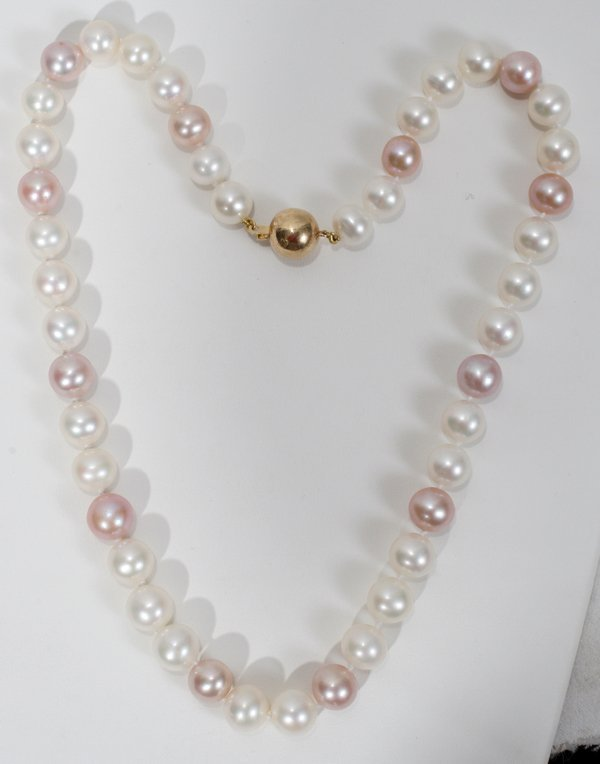 110007: CULTURED PINK & WHITE PEARL NECKLACE, L 18""