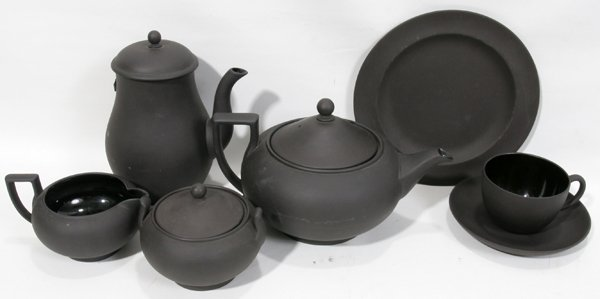 110252: WEDGWOOD BLACK BASALT POTTERY TEA SET, 26