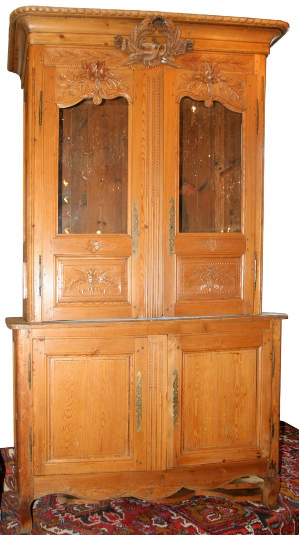 112011: CARVED OAK COUNTRY FRENCH CABINET, 19TH C.