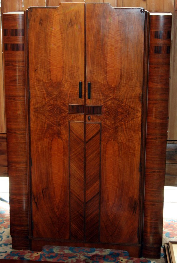 120002: ART DECO STYLE WALNUT VENEER ARMOIRE C 1930