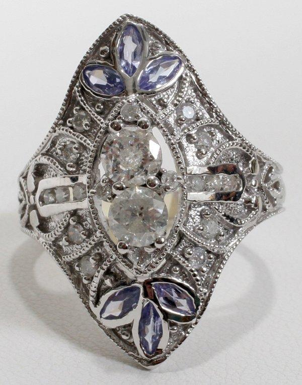 120024: WHITE GOLD, 1.5CTW DIAMOND & TANZANITE RING