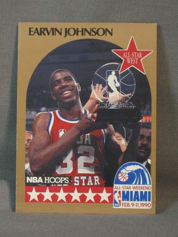 120064: BASKETBALL CARDS, MICHAEL JORDAN, M JOHNSON - 5