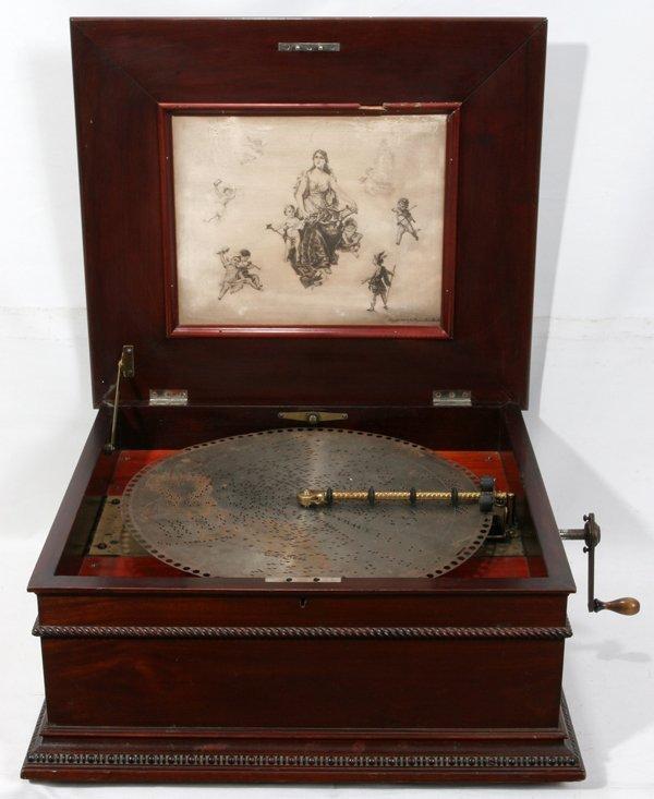 121005: REGINA DISC MUSIC BOX, DOUBLE COMB, C. 1910