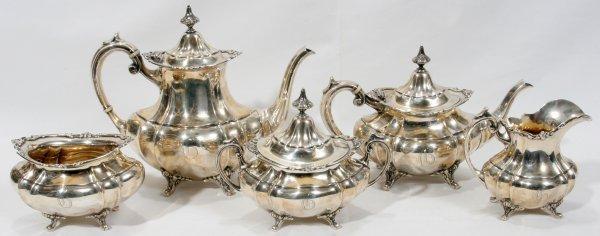 011022: REED&BARTON 'HAMPTON COURT' STERLING TEA SET